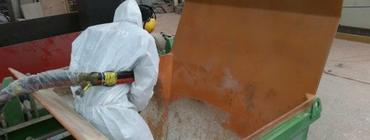 Mould cleaning in building industry